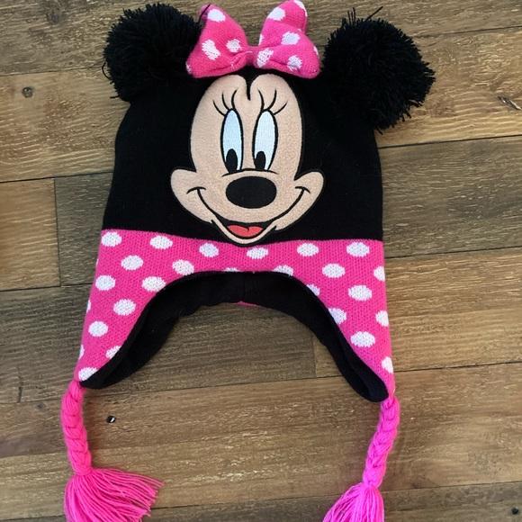 Minnie Mouse polka dot winter hat Disney